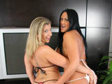 Holly & Sara Jay on couplesseduceteens