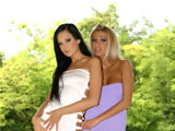 Regina Moon & Clara G on couplesseduceteens
