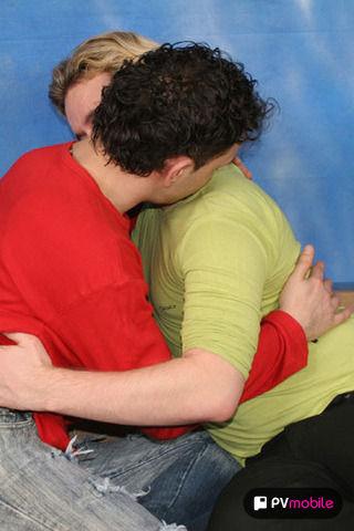 Andrija & Sasha on malespectrumpad