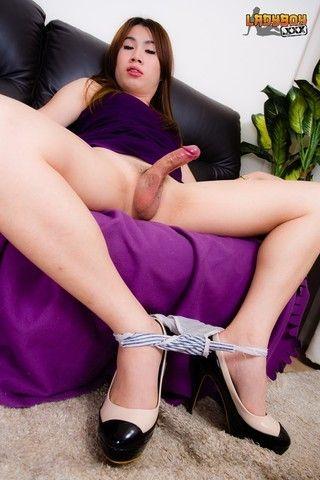 Hung Em! on ladyboytbms