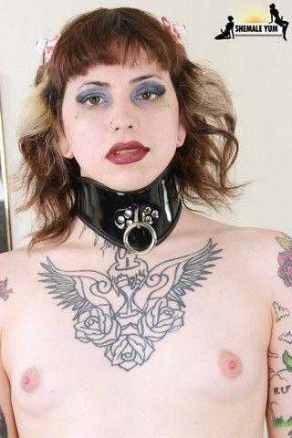 Horny Trixxy Von Tease Spanks Her Butt! on shemaleyumtbms