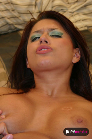 Eva Angelina on pinkvisualpad