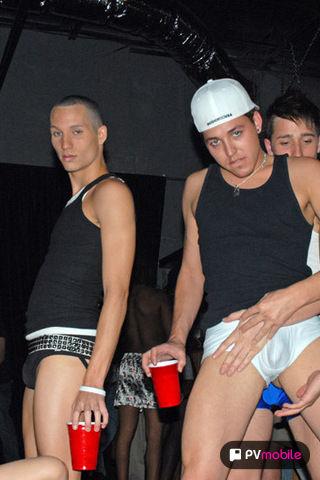 Ethan Stevens & Luke Steves on malespectrumpad