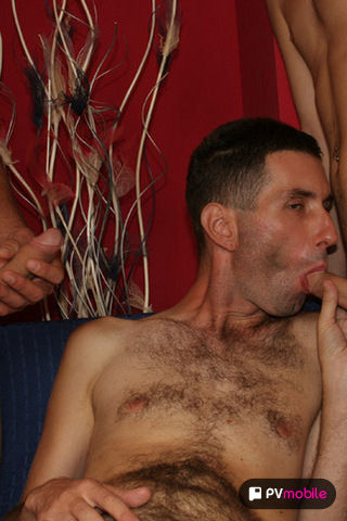 Deen & Vlada on malespectrumpad