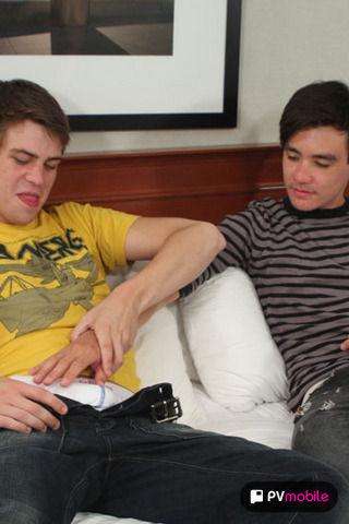 Jaymz Joynt and Kyle Spencer on malespectrumpad