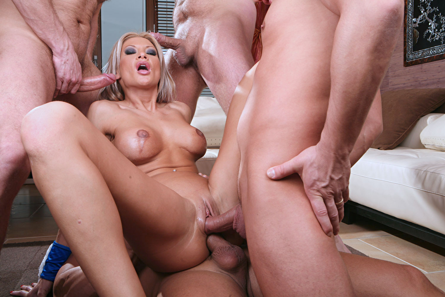 Extremexxx download xxx picture