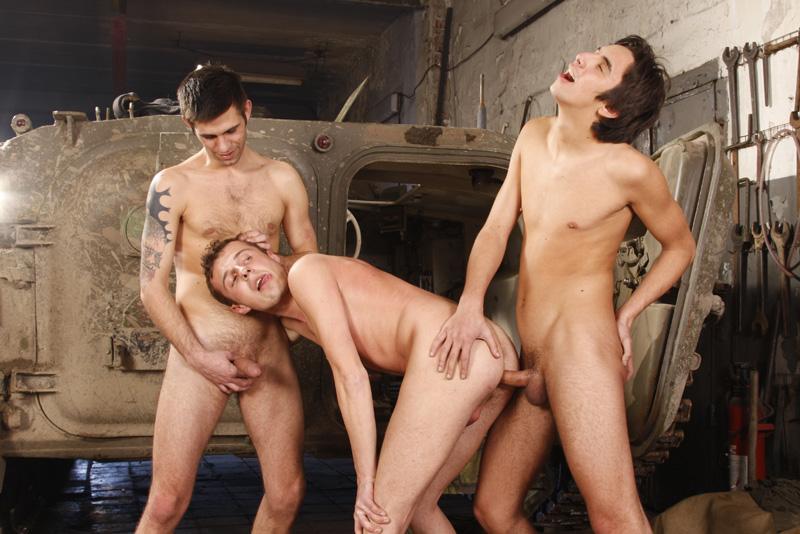Порно геи фото военные