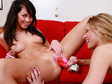 Paulina James on herfirstlesbiansex