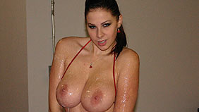 Gianna Michaels on hugerackclub