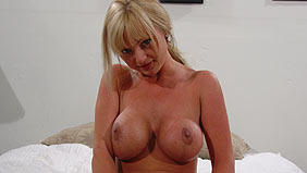 Charming Casey milf seeker charming