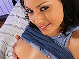 Aneta Keys on housewifebangers
