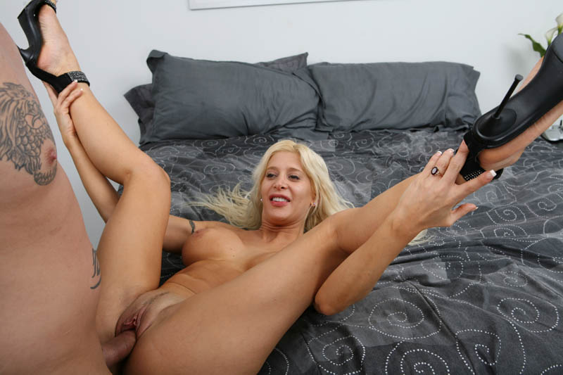 Angelique Morgan In Porn