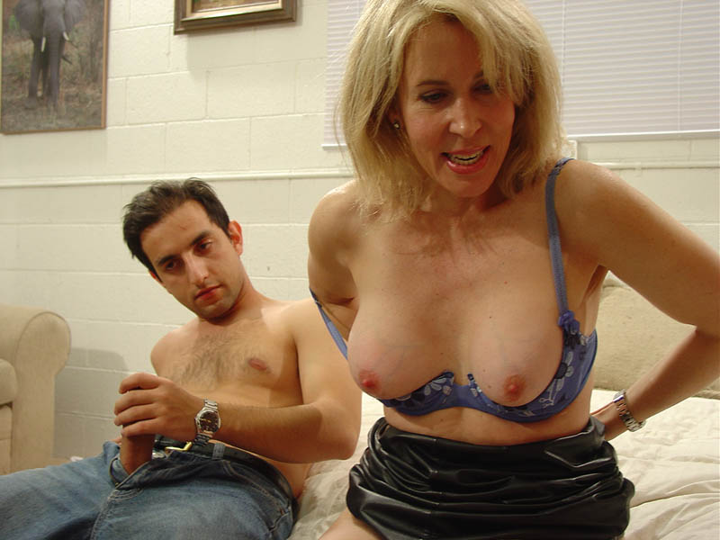 janine   free porn pictures from milf seeker milf porn pink visual