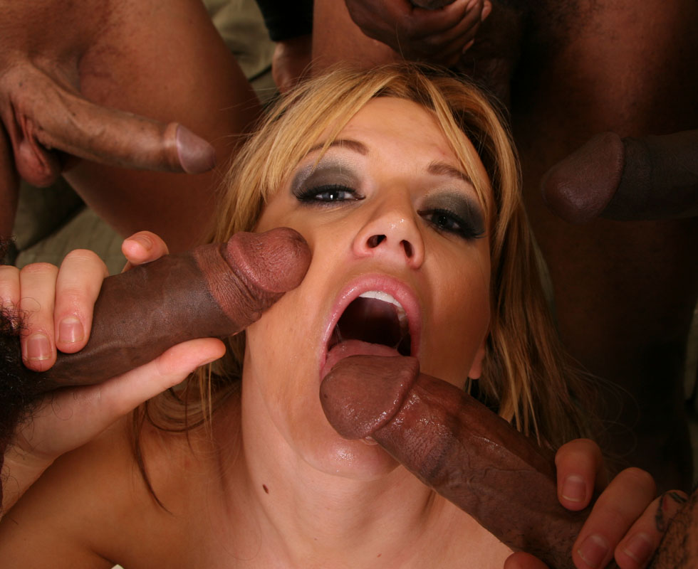 Holly Creampie 28