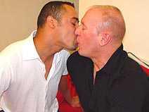 Azor & Kyle on gayblinddatesex