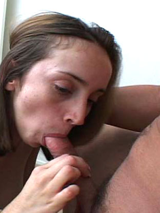 Kelly Wells on herfirstlesbiansex