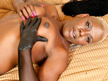 Akya Love on blacktgirlstbms