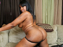 Amy Squirts on blacktgirlstbms