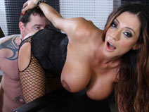 Ariella Ferrera- Dungeon on meanbitchestbms