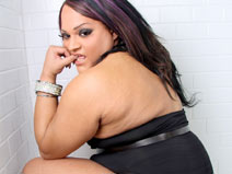 BBW Hottie Paris Towers on shemaleyumtbms