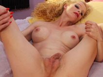 Executive Tranny Sofia on shemaleyumtbms