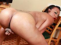Meet Gorgeous Jessika Skyy on shemaleyumtbms