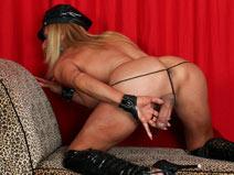 Mature Hottie Fabiola Blonde! on shemaleyumtbms