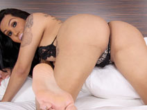 Sexy Los Angeles Latina Aiana Starr! on shemaleyumtbms