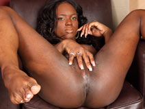 Welcome Sweet Chanel Cakes! on blacktgirlstbms