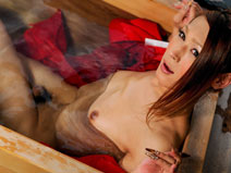 Kana gets wet! on shemalejapantbms