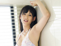 Yuki: Bikini Babe! on shemalejapantbms