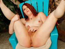 Hot New Girl Leah Lockhart! on shemaleyumtbms