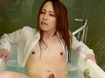 Bath Time With Sayaka Taniguchi! on shemalejapantbms