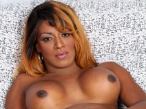 Gorgeous Delicious Starr! on blacktgirlstbms
