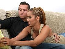 Isis Love on housewifebangers