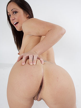 Kylee King on pinkvisualpass