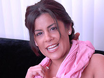 Michelle Avanti on pinkvisualpass