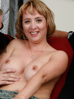 Sophia Mounds on milfseeker