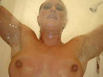 Showering on pinkvisualpad