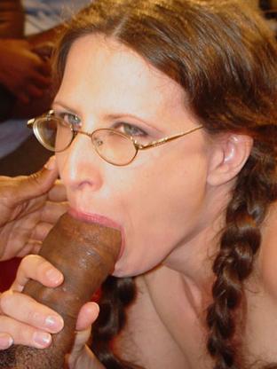 Lena Ramon on gangbangsquad