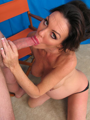 Nancy Vee & Jackson on eurocarsex