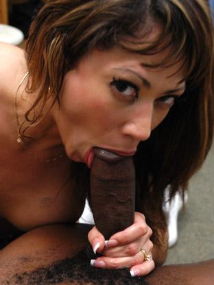 Stephanie Tripp - V2 on gangbangsquad