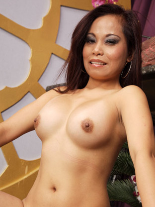 Allona Lei on collegewildparties