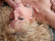 Jennifer V2 on pinkvisualpass