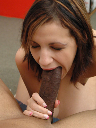 Lori London - V2 on herfirstbigcock