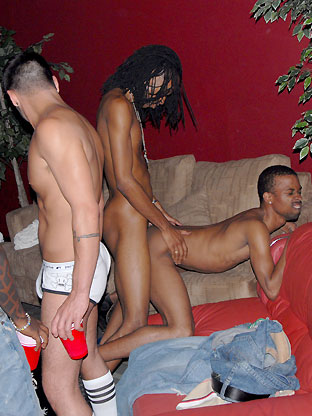 Envy & Xclusive - V2 on gaycollegesexparties