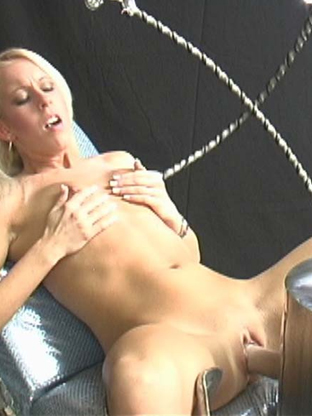 Desire Moore - V2 on orgysexparties