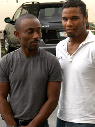 Tyboi & Vaughn - V2 on malespectrumpass