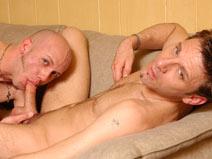 Chuck & Justin - V2 on gayblinddatesex